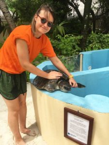 ORP-Volunteer-Charlotte Hills with turtle patient