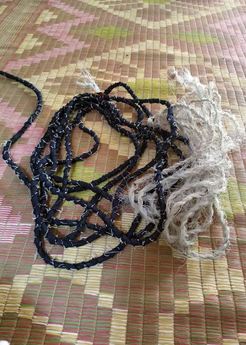 Ghost net dog leash base