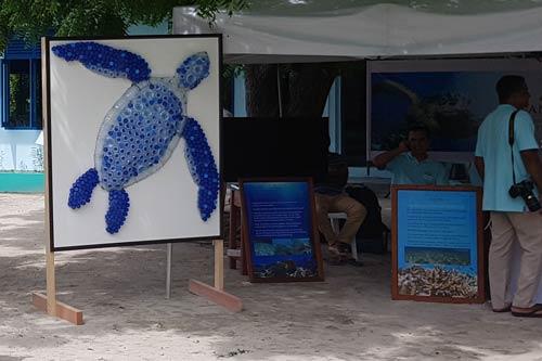 Anantara Kihavah's stand at the Vaavoshi turtle Festival 2019