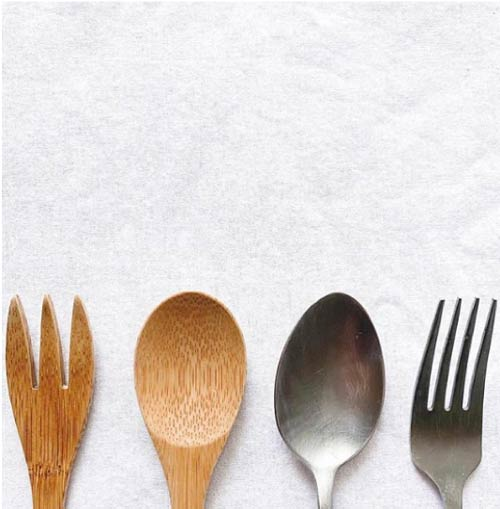 Avoid single use plastic when eating and drinking on the go - get your own bamboo cutlery